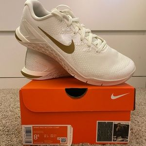 BNWT Nike Metcon 4